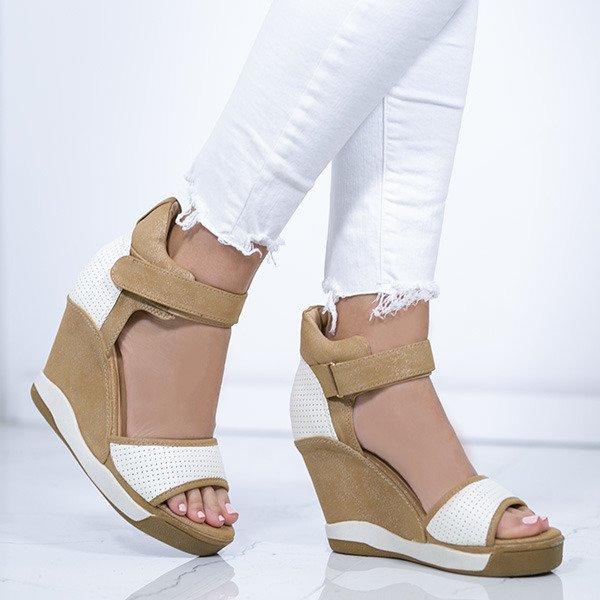 893c9f2e Biało - brązowe sandały na koturnie Belinda - Obuwie Kliknij, aby  powiększyć ...