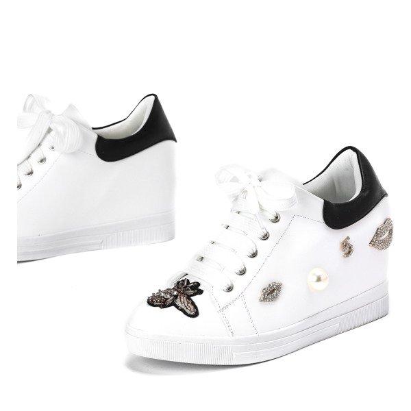 Biało różowe sneakersy na koturnie z ozdobą Plavine