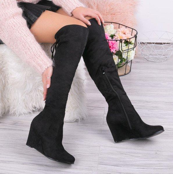 465a7ca120d49 Czarne kozaki na koturnie Aileen - Obuwie - Czarny | Royalfashion.pl ...
