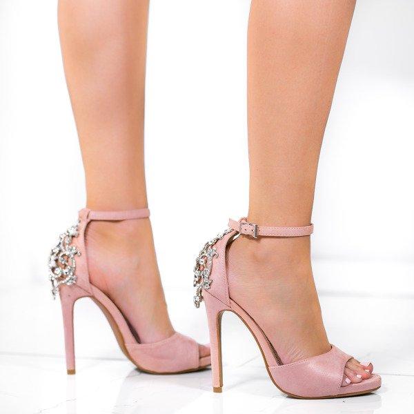770d3b1671a61 Kliknij, aby powiększyć · Różowe sandały na wysokiej szpilce z ozdobnymi  kryształkami ...