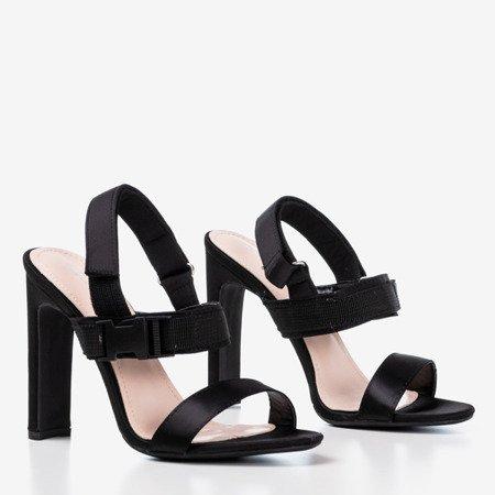 Czarne sandały na słupku z rzepą Spolisa - Obuwie