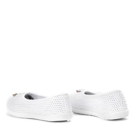 Białe dziecięce tenisówki slip on Weki - Obuwie