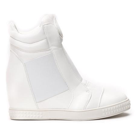 Białe sneakersy na krytym koturnie Brylee - Obuwie