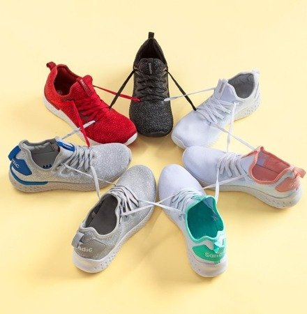 Białe sportowe buty damskie z pudrowymi wstawkami Toledo - Obuwie
