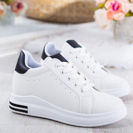 Biało - czarne sportowe tenisówki na krytym koturnie Sliomena - Obuwie