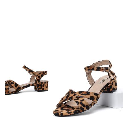 Brązowe sandały na niskim słupku w panterkę Sana - Obuwie