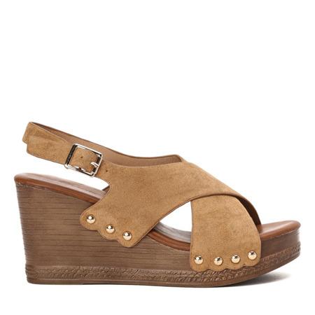Brązowe sandały na wysokiej koturnie Vaia - Obuwie
