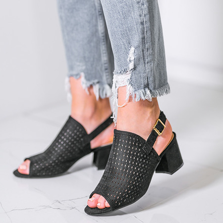 Czarne ażurowe sandały na słupku Farrell - Obuwie