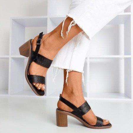 Czarne ażurowe sandały na wyższym słupku Mandorianna - Obuwie
