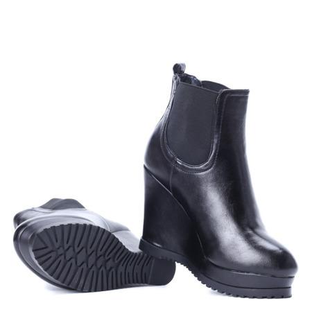 Czarne botki na koturnie Furella - Obuwie