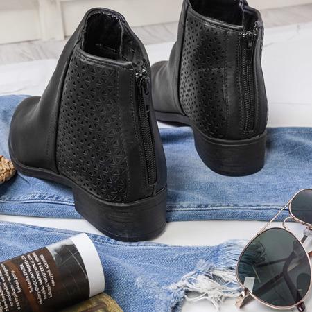 Czarne botki z ażurowymi wstawkami Caltavira - Obuwie