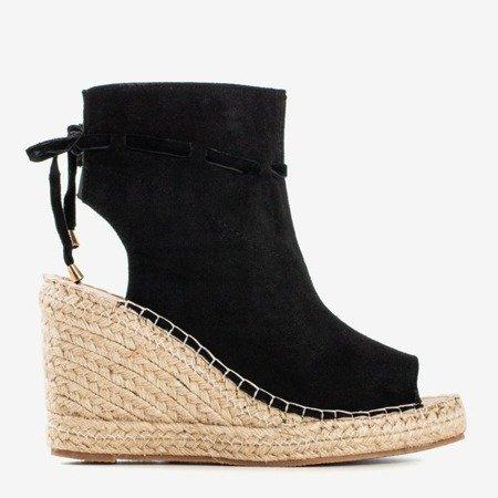 Czarne sandały damskie na koturnie z cholewką Unique One - Obuwie