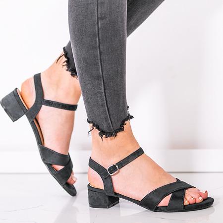 Czarne sandały na niskim słupku Sana - Obuwie