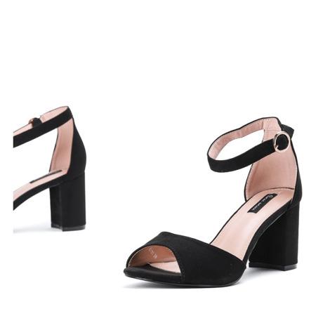 Czarne sandały z eko - zamszu na słupku Arrietty - Obuwie