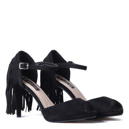Czarne sandały z frędzelkami Fredineas - Obuwie