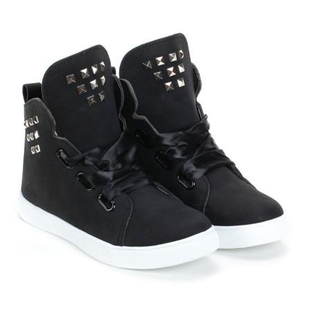 Czarne sneakersy zdobione ćwiekami - Obuwie