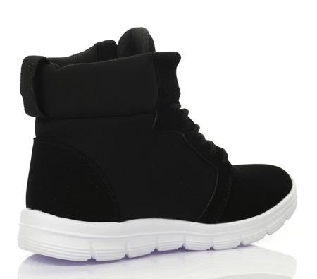 Czarne, sportowe obuwie z wysoką cholewką - Obuwie