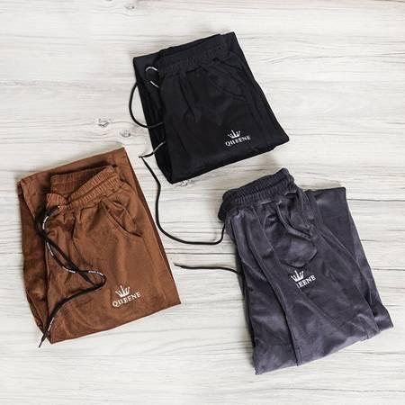 Czarne sztruksowe spodnie dresowe - Odzież