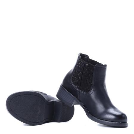 Czarne sztyblety ze zdobioną cholewką - Obuwie