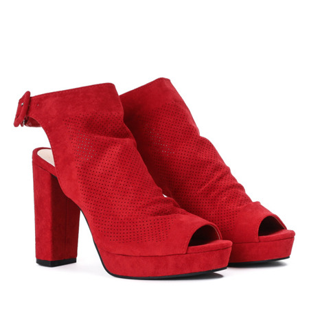 Czerwone botki na słupku z wycięciami Poinejra - Obuwie
