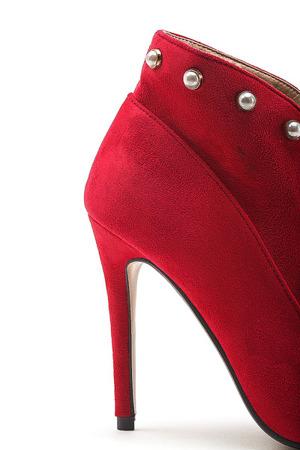 Czerwone botki na szpilce - Obuwie