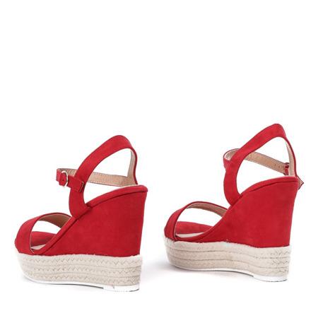 Czerwone sandały na koturnie Jokin- Obuwie