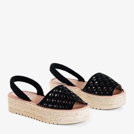 OUTLET Czarne ażurowe sandały na platformie Tieva - Obuwie