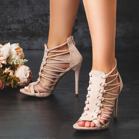 Sandały na szpilce w kolorze nude Parecia - Obuwie