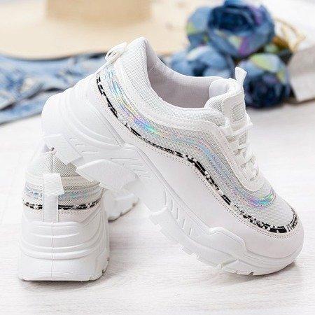 Sportowe białe buty z holograficzno - zwierzęcym wykończeniem Tere - Obuwie