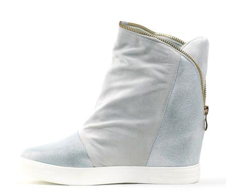 Zamszowe Sneakersy Srebrny Nosek - Obuwie